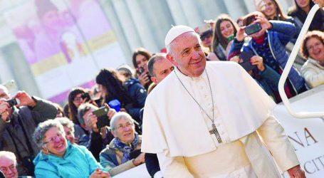 """""""Vivere coi bisognosi non è la moda di un pontificato"""""""