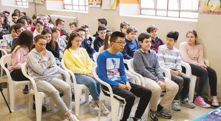 """Presentata l'iniziativa """"Un amico per la scuola"""""""
