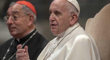 """La chiesa deve """"reggere lo squilibrio"""" e ascoltare la gente"""