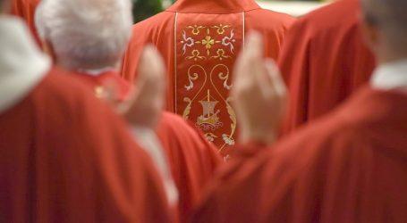 Papa Francesco: il 5 ottobre il Concistoro