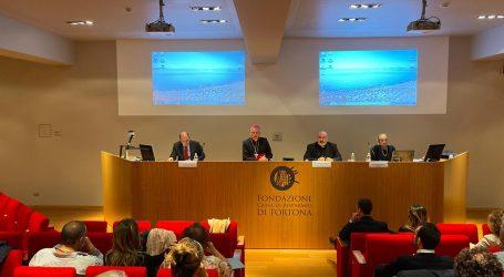 """""""La vita fragile e il coraggio della cura"""": a Tortona si è tenuto il corso di formazione per operatori sanitari"""