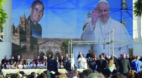 Papa Francesco in Sicilia per ricordare il beato don Pino Puglisi