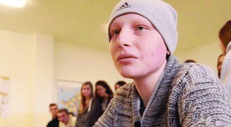 L'ultimo saluto a Simone Dispensa lo studente novese dell'Amaldi