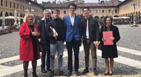 Gli studenti del Peano campioni di lingua latina