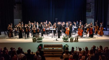 Il primo concerto nel nuovo teatro Dellepiane