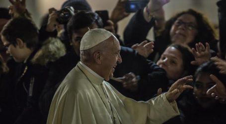 """Papa Francesco: Te Deum, Dio """"non cambia la storia attraverso gli uomini potenti"""""""