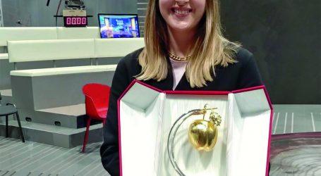 """Annalisa Bovone ha ricevuto il premio """"Marisa Bellisario"""""""