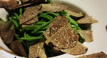Tagliolini di borragine al tartufo