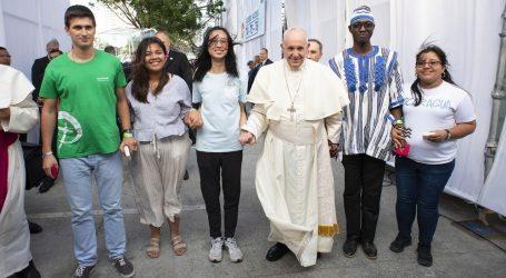 Otto anni con Francesco: la gioia del Vangelo per tutto il mondo