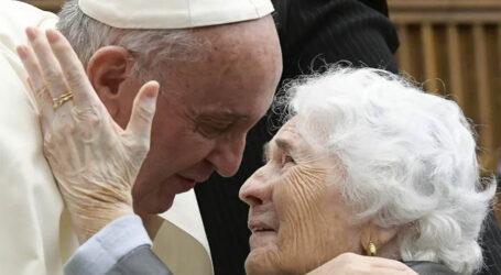 In festa con il Papa per i nonni